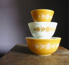 Vintage Pyrex mixing bowls.     Purchased from TheFanceyLamb on Etsy:   http://www.etsy.com/shop/TheFancyLamb?ref=seller_info