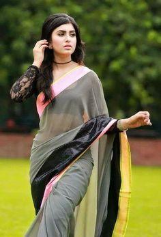 Beautiful Girl In India, Beautiful Girl Photo, Beautiful Saree, Beautiful Women, Beautiful Body, Beautiful Hands, Beautiful Bollywood Actress, Most Beautiful Indian Actress, Beauty Full Girl