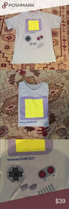 Boys 16-18 years old t-shirt like new Boys t-shirt it's like new game boy Shirts & Tops Tees - Short Sleeve