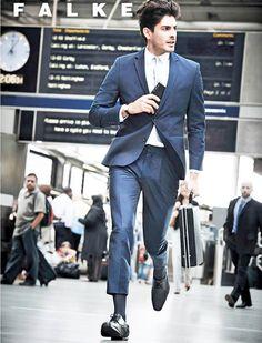 Turn on your smart dress code with Falke business socks