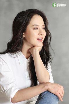 Song Ji Hyo for Kyung Dong Pharmaceutical Running Man Korean, Ji Hyo Running Man, Ji Hyo Song, Song Hye Kyo, Korean Actresses, Actors & Actresses, Korean Beauty, Asian Beauty, Pretty Korean Girls