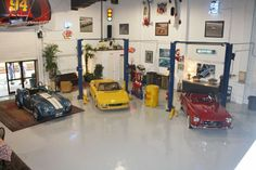 Rick_s Classic Cars Party Venue – shared on BizBash Party Venues, Event Venues, My Mechanic, Car Themed Parties, Party Themes, Party Ideas, Winter Park, Race Cars