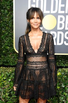 Halle Berry Photos - Actor Halle Berry attends The 75th Annual Golden Globe Awards at The Beverly Hilton Hotel on January 7, 2018 in Beverly Hills, California. - 75th Annual Golden Globe Awards - Arrivals