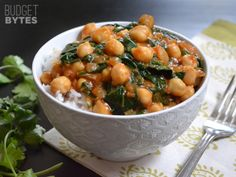 Curried Chickpeas with Spinach – When the autumn nights start to get a chilly bite, warm up with a hot bowl of these hearty curried chickpeas with spinach. Packed with flavor, this vegan dish is delicious and filling enough to finally bring vegetarians and carnivores together over one meal.