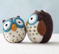 Woolbuddies by Jackie Huang is one of our new favorites. This Amelia Owl DIY from the book is SO CUTE! Download the project here: http://budurl.com/WoolbuddyProject