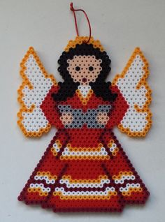 Week 30, Day 207, Angel. 365 Day Perler Bead Challenge. Perler Bead Designs, Hama Beads Design, Perler Bead Art, Plastic Canvas Christmas, Plastic Canvas Crafts, Plastic Canvas Patterns, Christmas Perler Beads, Beaded Christmas Ornaments, Pearler Bead Patterns