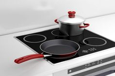 For best results with an induction cooker, your cookware must be induction ready. To learn how to know if your cookware is induction ready Fun Cooking, Cooking Time, Chicken Broth Can, Best Pans, Induction Cookware, Pan Set, How To Cook Pasta, The Dish, Food Preparation