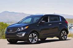 Kia Sportage, pretty sharp looking. I think we rented one of these to get to a doctor appt. Kia Sorento, Kia Sportage, Best Cars For Teens, Car Buying Tips, First Drive, Cute Images, Cool Photos, Automobile, Trucks