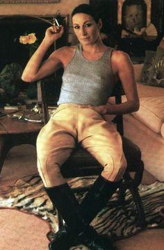 Anjelica Huston - Vanity Fair by Annie Leibovitz