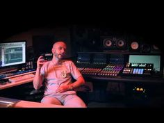 "Watch Noah ""40"" Shebib Talk On Producing For Drake"