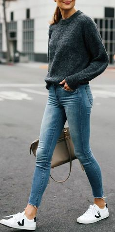Fall - Beauty and fashion - Winter Mode Beauty And Fashion, Fashion Mode, Grey Fashion, Look Fashion, Fashion Outfits, Fall Fashion, Lifestyle Fashion, Woman Fashion, Fashion Ideas