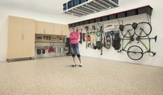 How to Maintain an Organized Garage