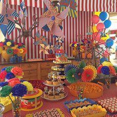 """159 curtidas, 10 comentários - BossanovaFestas (@bossanovafestas) no Instagram: """"E esse fim de semana também teve festa no circo! #fimdesemanadefestas #missãocumprida #festacirco…"""""""