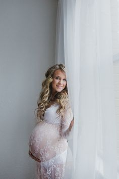 Gorgeous romantic maternity boudoir session in studio - Salem, Oregon - Photography by Amy Nicole
