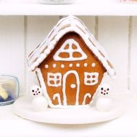 ❤❤❤ Copyrights unknown. Doll's House Miniature Gingerbread House - Christmas - DollHouse Miniature Food