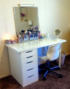 Michelle - Blog #Vanity #Station from #Ikea  Fonte : http://www.makeupalley.com/m_153773204