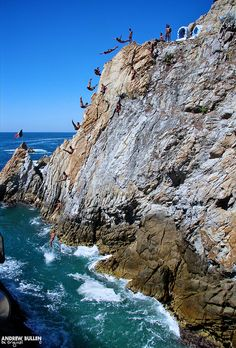 Acapulco Cliff Divers - Acapulco - Mexico    World Travels Aboard Queen Elizabeth.  14th Dec 2010 - 1st July 2011     There are a lot of great destinations in Mexico, this is certainly a great one.