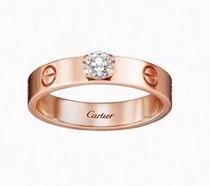 Pin for Later: Vous Allez Vouloir une Bague de Fiançailles Rose Gold Après Avoir Découvert Celles-ci!  Cartier Bague Solitaire Love Rose Gold et Diamant (prix sur demande)