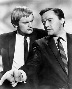 David McCallum as Ilya Kuryakin and Robert Vaughn as Napoleon Solo in THE MAN FROM U.N.C.L.E. (NBC, 1964)