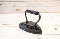 A personal favorite from my Etsy shop https://www.etsy.com/listing/275513330/vintage-cast-iron-black-b-company-8-sad