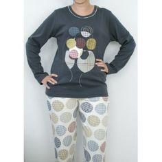 Pijama de invierno fabricado en punto con el pantalón de punto estambpado y bonito diseño de gran acutalidad http://www.turopainterior.com.es/316-689-thickbox/pijama-cue-11106.jpg