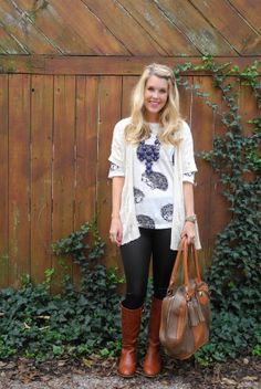 Easy fall style: cute printed tee with sweater statement necklace, leather leggings, brown riding boots
