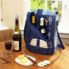 Mochila para carregar todos os apetrechos necessários para uma boa mesa de queijos e vinhos. Prático, não?