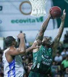 """Blog Esportivo do Suíço:  Bauru """"varre"""" o Macaé e avança para pegar o Brasília nas quartas do NBB"""