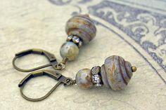 Oorbellen in vintage stijl met Tsjechische glaskralen