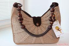 Это оригинал: А это мой клончик итальянской сумочки Мiu Miu связан на заказ.  Пряжа Rose Vita 150 м в 50 гр., крючок №2, расход 270 гр. Каркас усилен изолоном, сверху подклад.