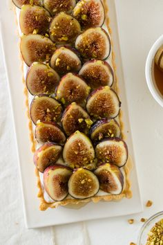 Fig & Honey Yogurt Tart + recipe #fallrecipe #fig #honey