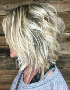 66 Chic Short Bob Hairstyles & Haircuts for Women in 2019 - Hairstyles Trends Cute Bob Haircuts, Bob Haircuts For Women, Choppy Bob Hairstyles, Simple Hairstyles, School Hairstyles, Pixie Haircuts, Layered Haircuts, Braided Hairstyles, Wedding Hairstyles