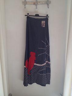 Vintage handmade skirt nu te koop via The Vintage People op de Geldersekade 37 Amsterdam www.thevintagepeople.nl