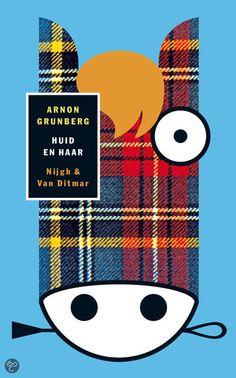 Arnon Grunberg - Huid En Haar - 2013 book 19 (★★★☆☆)    Nijgh & Van Ditmar 2010, 525 pagina's   Een door de holocaust gefascineerde econoom begint op een Holocaustconferentie in Duitsland een relatie met de biografe van een kampcommandant.   My review in Dutch: http://tantetil.blogspot.nl/2013/12/arnon-grunberg-huid-en-haar.html