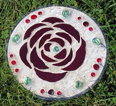 Midwest Moms: Mother's Day Gift Idea: How to Make Garden Stepping Stones