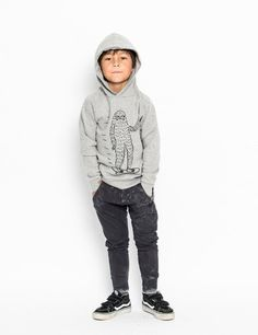 Munster Kicker Track Pants in Pigment Black Stylish Boy Clothes, Stylish Boys, Designer Kids Clothes, Boy Outfits, Jumper, Normcore, Hoodies, Kids Clothing, Grey