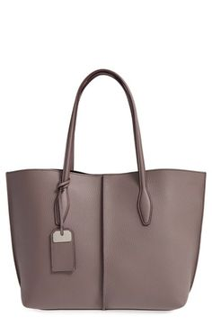 Love this clean, modern tote. (Tod's | Medium Joy Leather Shopper)