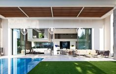 modern interiors & architecture — Hovering Cube House by Yulie Wollman  Amazing...