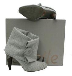 OMELLE GREY FELT SHORT BOOT WITH BUTTON DETAIL
