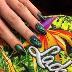 Snake + Cat Eye Gel Brush Rio de Janeiro by Indigo Educator Anna Leśniewska #nails #nail #indigo #autumn #fall #cat #eye #gelbrush #new #hot