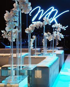 Stunning #monogram gobo  uplight combo at this event! : #weddingstylemagazine #brightlightimagephotography