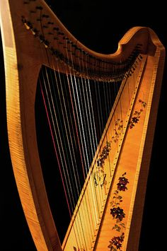 Learn to play the Celtic Harp