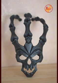 MADE TO ORDER Thresh Mask League of Legends LoL by TabitiProps Evil Mask, Blood Moon, Larp, League Of Legends, Trick Or Treat, Diy Art, Tatoos, Masks, Geek Stuff