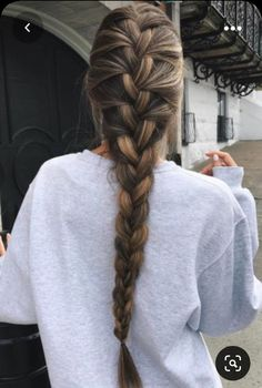 Hairstyles for college Pretty Braided Hairstyles, Going Out Hairstyles, French Braid Hairstyles, Box Braids Hairstyles, Cool Hairstyles, French Braids, Winter Hairstyles, French Fishtail, Brown Hairstyles