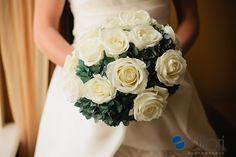 blue green white wedding bouquet ideas