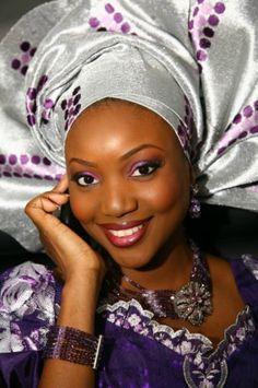 Beautiful Nigerian bride in traditional attire