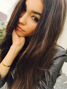 In recent years, there is a new trend of taking selfies. Selfies gain popularity very fast and in Internet there are various best selfie poses for girls ava Selfie Posen, Libby Powell, Beauty Fotos, Leila, Madison Beer, Girls Selfies, Girl Poses, Pretty Face, Photography Poses