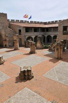 Plaza del Castillo La Aldrada. Medina del Campo. España