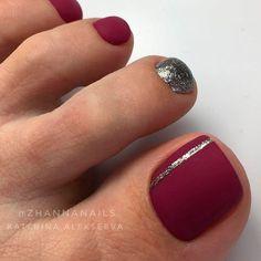 Fall Toe Nails, Pretty Toe Nails, Cute Toe Nails, Red Nails, Love Nails, Pedicure Nail Art, Toe Nail Art, Nail Art Pieds, Toe Nail Designs For Fall