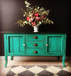 Annie Sloan Stockist Mon Petit Palais of Perth, West Australia used Chalk Paint® in Florence on the buffet for a bold look. The pop of color looks amazing with the darker hues of the room.